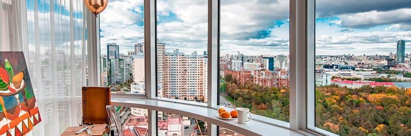 osteklenie lodzhij i balkonov